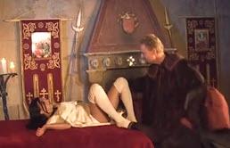 El rey se aprovecha de su sobrina