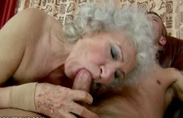 La abuela caliente