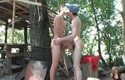 Hermanos homosexuales follando al aire libre