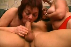 Dos tías y su calvo sobrino
