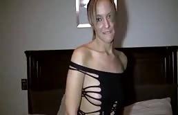 Folla con su hermano usando un sexy vestido